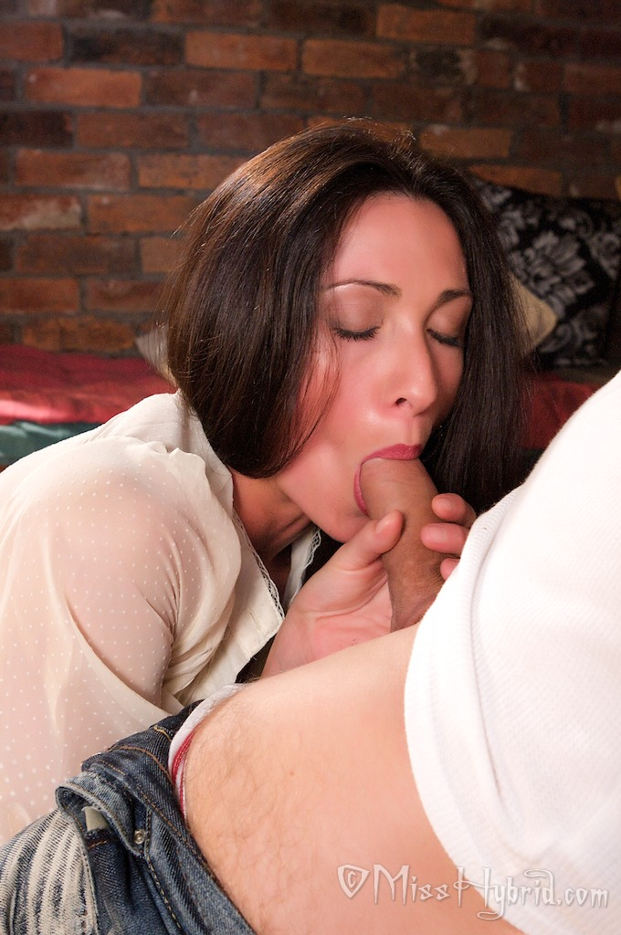 image Milf gets a good rogering in the kitchen Part 4