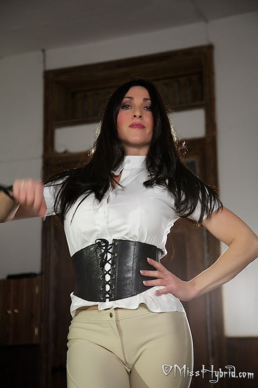 Equestrienne English Fetish Mistress
